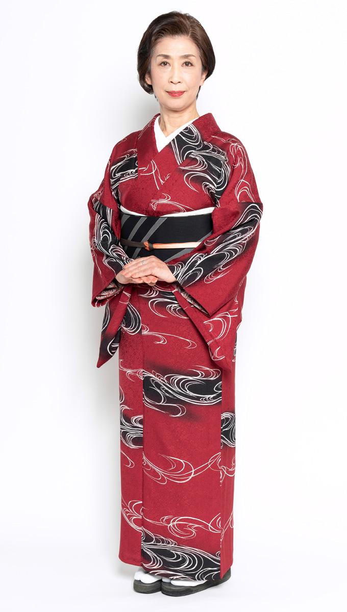 日本和装 鈴木 知里講師